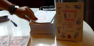Lançamento do livro Ménage à Trois